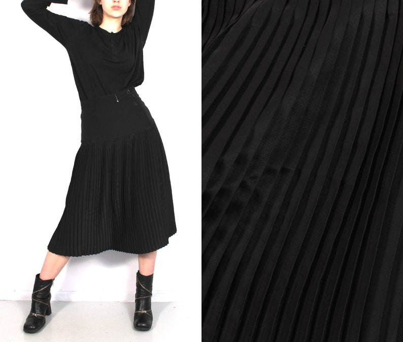 983ec16882 Vintage Black Pleated Skirt / Accordion Skirt / High Waist | Etsy