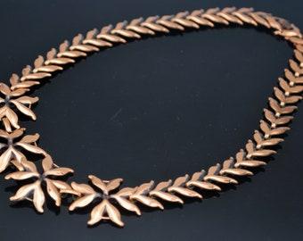 Copper Flower Link Necklace  Modernistic Mod  panel   collar  mid Century