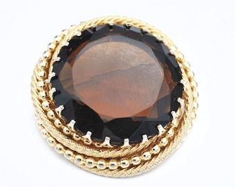 Brown Rhinestone Brooch  Root Beer Brown  Crystal  Gold plated Metal Mid Century Circle round   Pin