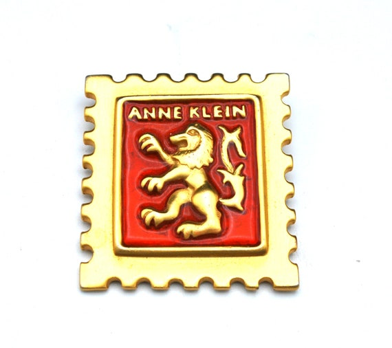 Anne Klein Heraldic Lion  brooch  red enamel gold