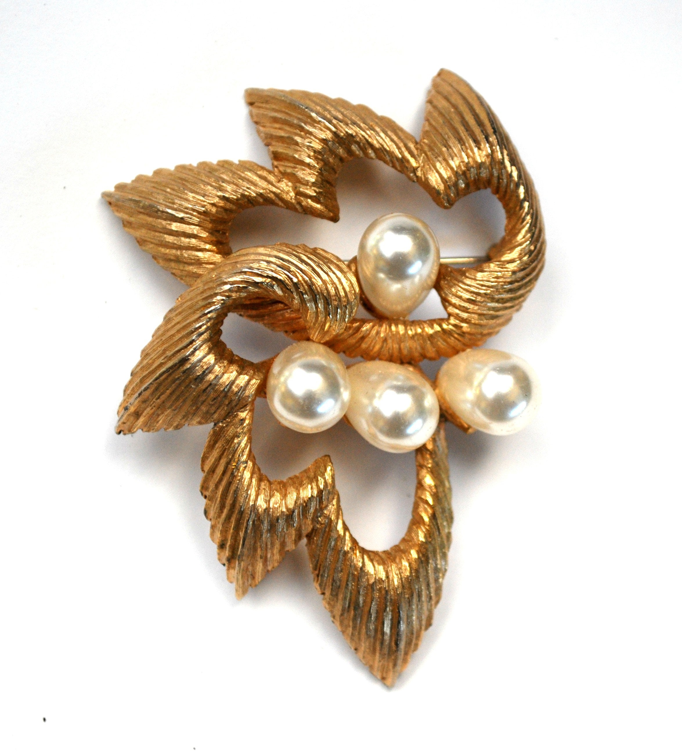 Hat pin scarf clip or lapel pin Gift packaged Silk back button Pearl look and gold Magnetic brooch original Mag TAK\u2122 mid century style