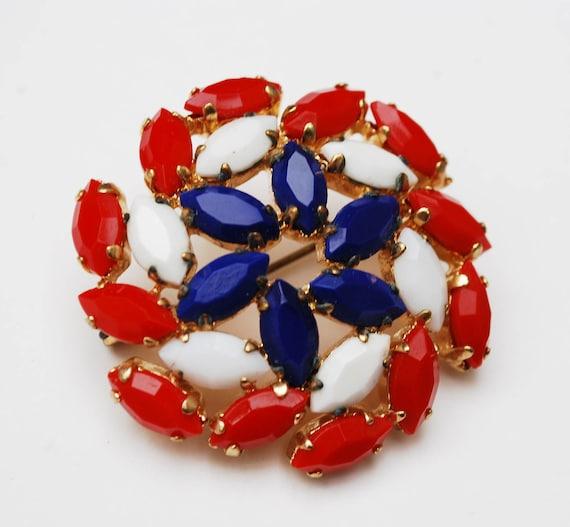 Red White and blue Pin wheel  Brooch  Glass Rhinestone  Patriotic Mid Century round Circle Pin wheel Flower  atomic  pin