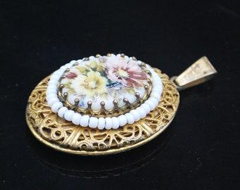 Mirriam Haskel  oval Locket Pendant white glass bead flower painted porclain gold filigree double photo locket