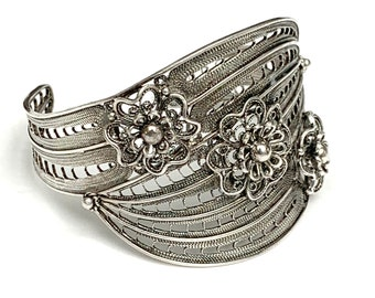 Sterling Silver  Filigree Cuff Bracelet Signed  Turkey open work setting  Silver twisted wire  flower  Bangle Bracelet