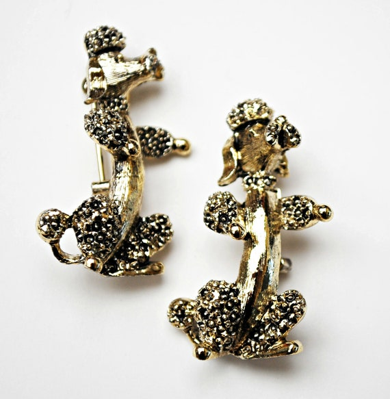 two Poodle scatter Pins  - signed Gerry - gold  dog brooch - two brooches - lot of 2 pins -