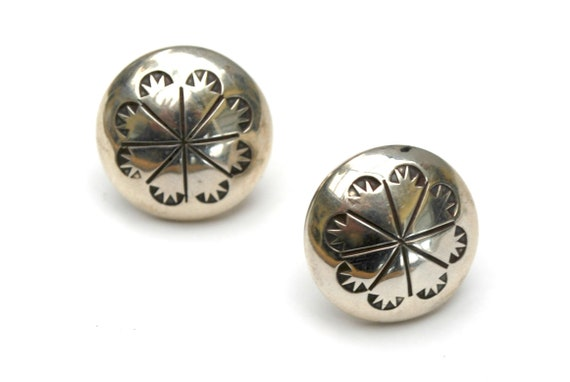 Sterling Concha Round  button Stud  earrings - Signed W3   southwestern tribal Etched flower  silver pierced earring
