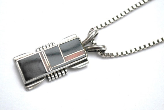 Gemstone inlay sterling pendant Necklace signed  - silver chain Italy -  Black Onyx Pink Shell Zuni
