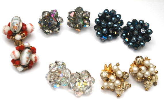 lot of 5 earrings -  Clip on earrings - Bead cluster - Pcrystal glass pearls  - Resell - crafting Destash -
