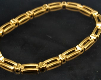 Napier Gold Cahin   Necklace chunky   Gold Plated  Flat rectangle  chain  Links  statement collar necklace