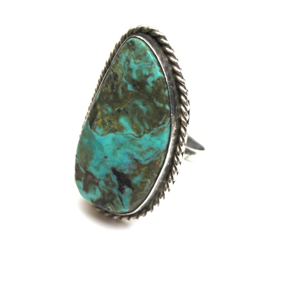 Sterling  Turquoise Ring size 7 native American Old Pawn southwestern