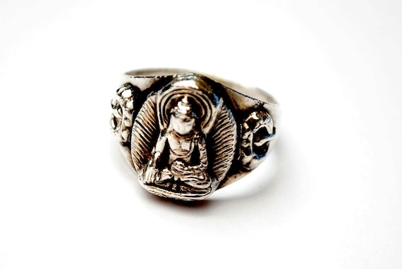 Sterling Budha ring - silver religious tribal sitting man - size 7 1/2  vintage  figurine ring