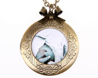 Rabbit Necklace, Rabbit locket, Alice in wonderland jewelry, 2020m