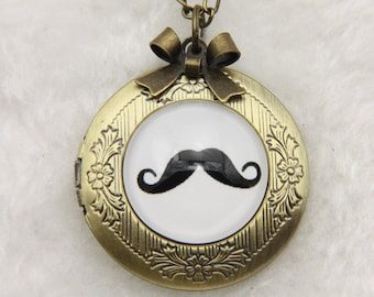Mustache Necklace locket, 2020m