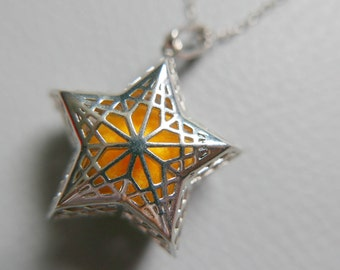 Star Essential Oil Diffuser Necklace, Aromatherapy Jewelry Locket