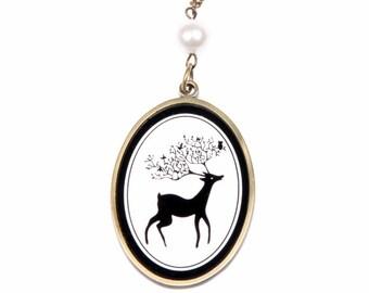 Deer profile Necklace jewelry