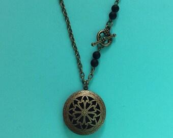Flower hearts Locket Necklace Matte agate