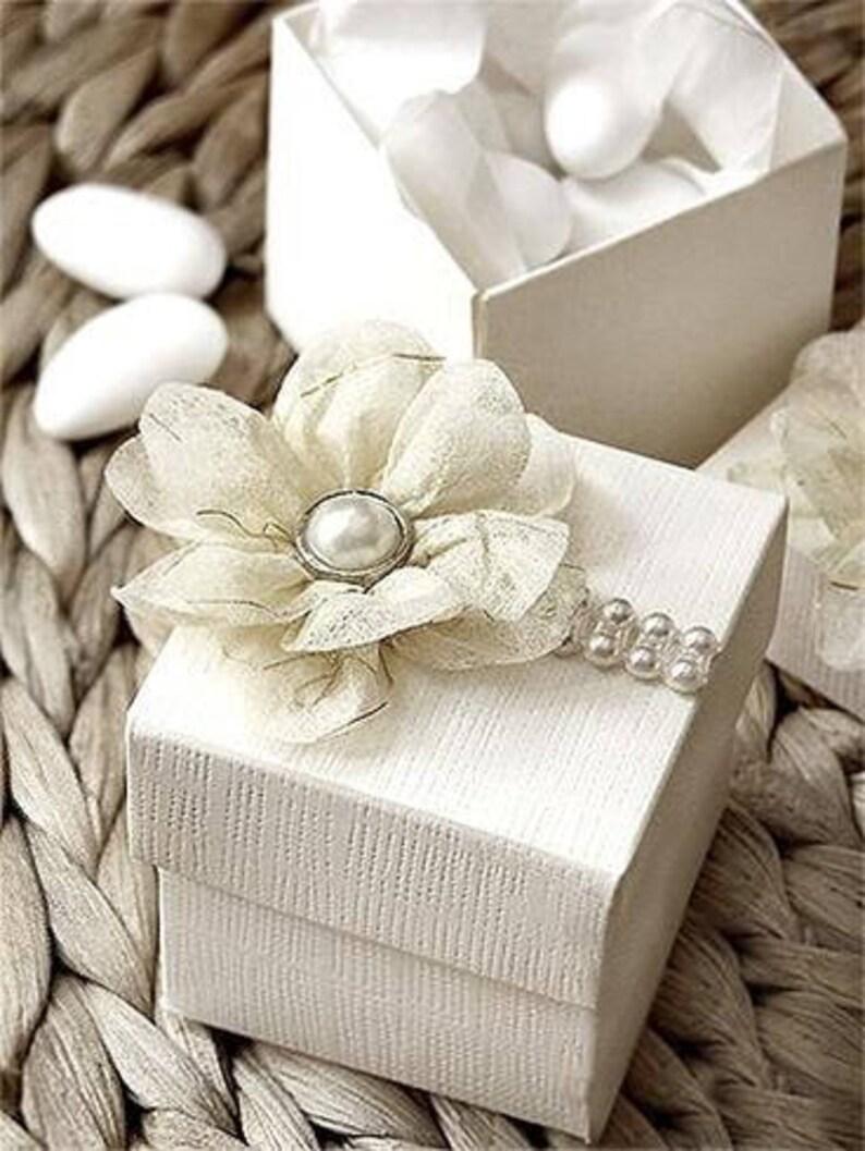 Elegant white 2 piece favor boxes Set of 25