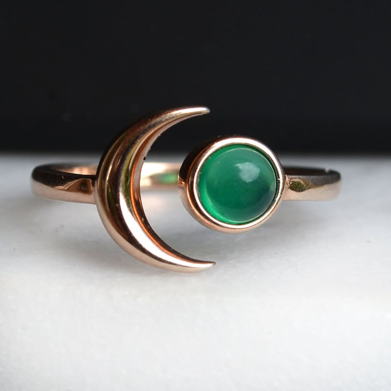 2a7bc9d6ef84c Rose Gold Moon ring with Emerald Green Onyx Stone, Statement Moon Ring,  Green Stone Ring, Moon Star Ring, Wanderlust Jewelry, Gold Crescent