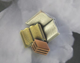 pile of books pin