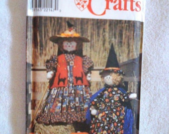 UNCUT Simplicity Sewing Pattern 8384...Witch & Scarecrow Dolls