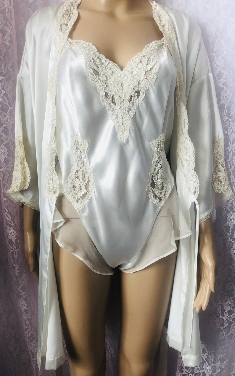Vintage 90/'s VICTORIA/'S SECRET Teddy and Robe Bridal Size Large