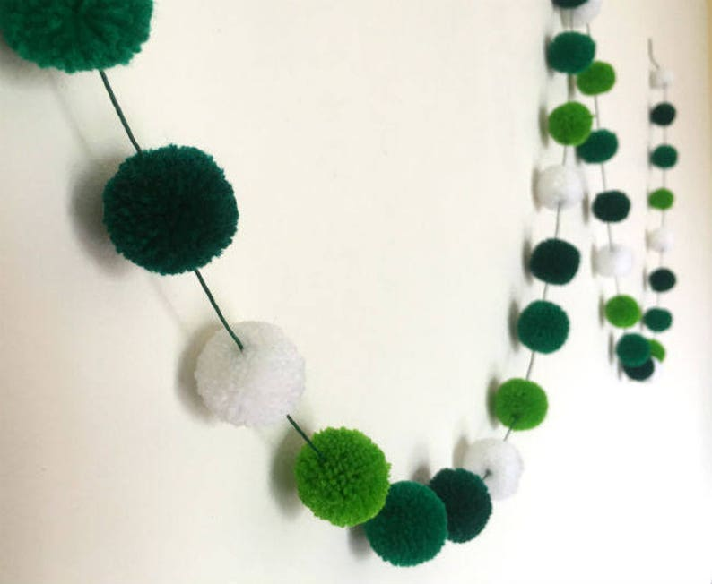 St. Patrick s Day Pom Pom Garland Green Yarn Pom Pom  a83693fc018cd