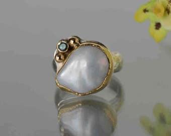 Große Perle Ring in Gold und Sterling, barocke Perle Ring, Juni Birthstone, weiße Perle Ring, Größe 8, Mutter der Braut, Gold Granulation