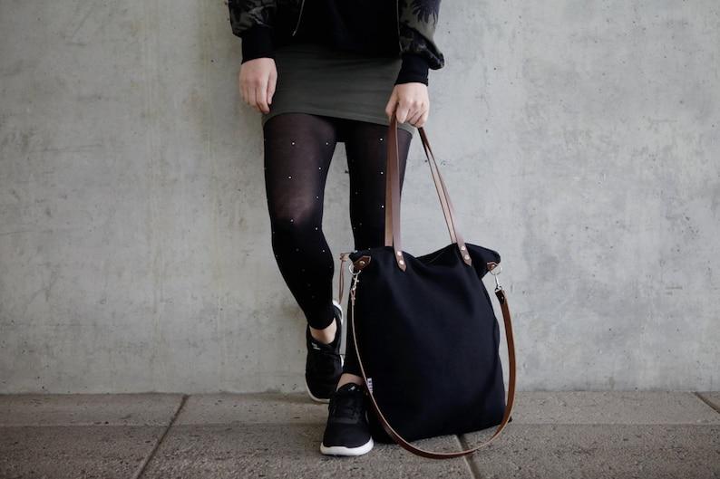 7a85b8e423574 Canvas Tote Tasche schwarz mit Lederriemen schwarze schlichte