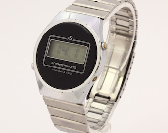 bbaa2f6d1629 Unique Vintage mens USSR Soviet quartz wrist watch Elektronika 5 203