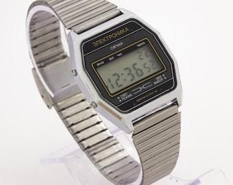 a0c54647ede8 Elektronika 52 unique vintage men s USSR Soviet quartz RARE wristwatch