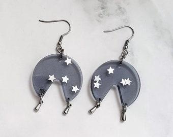 Resin earrings - Transparent geometric earrings with little glitter stars - gift idea for women - handmade acetate geometrical earrings