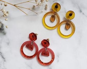 Hoop Resin earrings - Transparent and colorful circle earrings with glitter - gift idea for women - geometrical earrings - acetate earrings