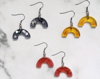 Minimalist rainbow Resin earrings - Yellow, black or coral resin earrings - Resin jewelry - gift idea for women - geometrical earrings