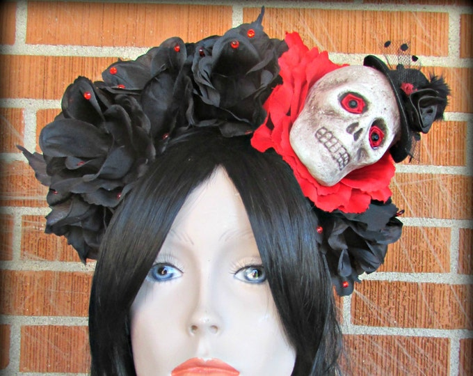 Flower Crown, Rose Skull Crown, Day of the Dead Flower Crown, Día de los Muertos Headdress, Skull Headband, Red & Black Rose Crown, Voodoo