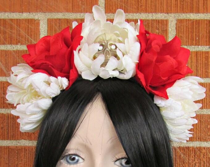 Flower Crown, Red & White Rose Skull Crown, Day of the Dead Flower Crown, Día de los Muertos Headdress, Veiled Headdress, Skull Headband
