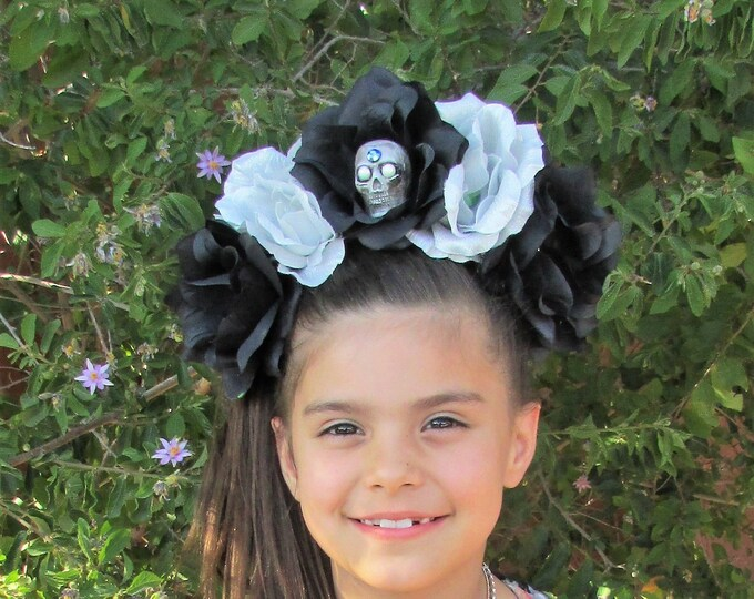 Flower Crown, Rose Skull Crown, Veiled Headband, Flower Head Wreath, Floral Headpiece, Floral Crown, Day of the Dead Flower Crown, Halloween
