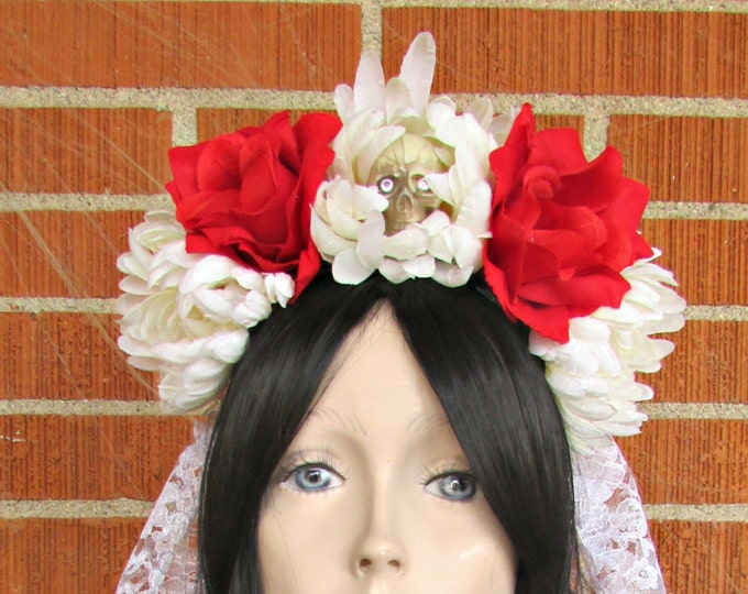 Flower Crown, Red & White Rose Skull Crown, Day of the Dead Flower Crown, Día de los Muertos Headdress, Veiled Headdress, Skull Headband