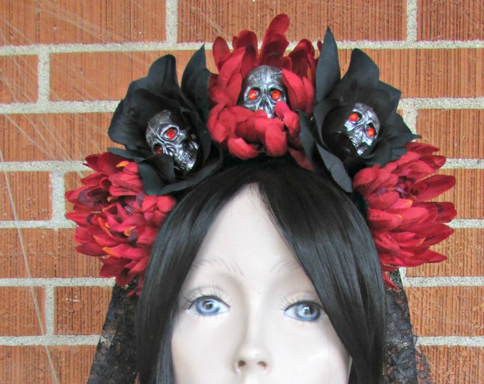 Flower Crown, Rose Skull Crowns, Day of the Dead Flower Crown, Día de los Muertos Headdress, Veiled Headdress, Skull Headband, Rose Crown