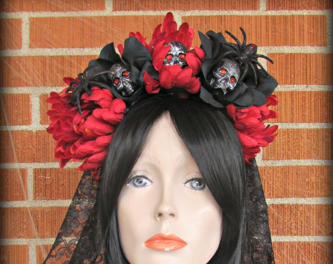 Flower Crown, Rose Skull Crown, Day of the Dead Flower Crown, Día de los Muertos Headdress, Veiled Headdress, Skull Headband, Rose Crown