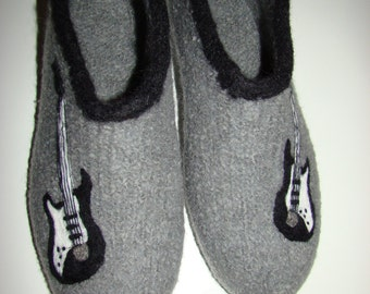 Felt shoes with guitar, slippers