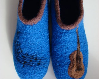 Felt shoes, slippers with guitar & notes
