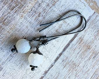 Sterling Silver and Agate Dangle Earrings, Agate Earrings, White Dangle Earrings, Drop Earrings, Silver Drop Earrings
