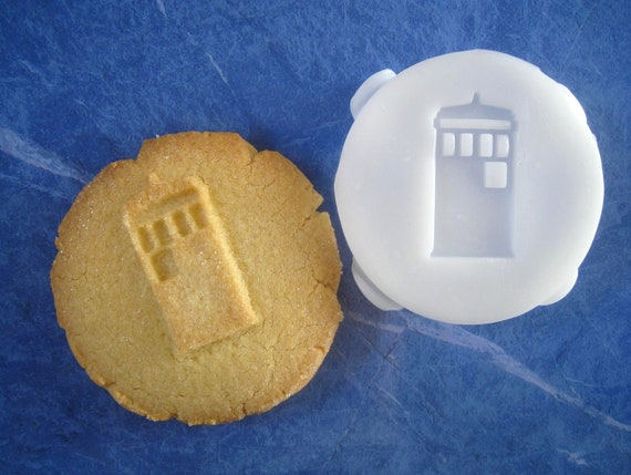 TARDIS Inspired COOKIE STAMP Recipe And Instructions Make