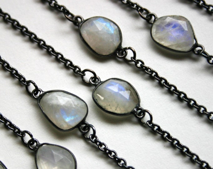 Petite Rainbow Moonstone Gunmetal Necklace