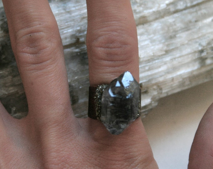 Tibetan Quartz Crystal Twin Cluster Ring // Terminated Crystal Adjustable Ring // Crystal Cluster Ring with Pyrite