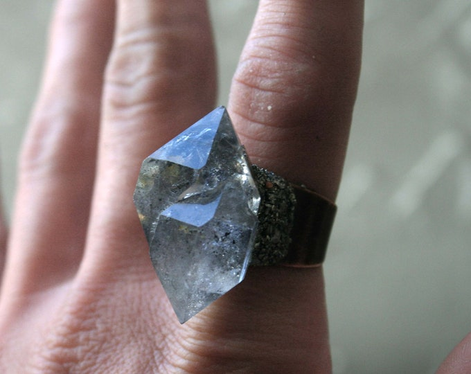 Tibetan Quartz Twin Crystal Ring // Terminated Crystal Adjustable Ring // Crystal Cluster Ring with Pyrite