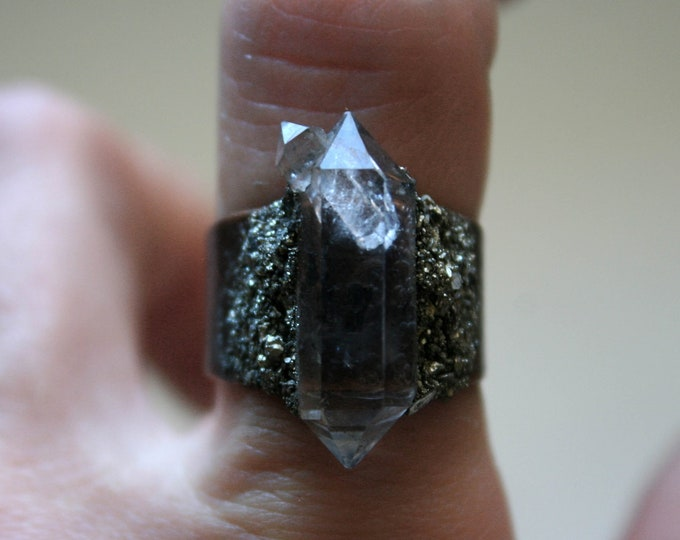 Tibetan Quartz Crystal Twin Ring // Terminated Quartz Adjustable Ring // Crystal Cluster Ring with Pyrite