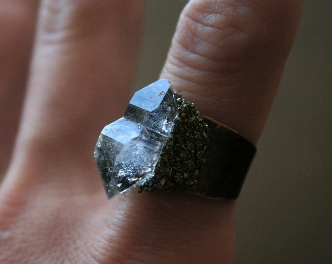 Tibetan Quartz Crystal Scepter Ring // Terminated Clear Crystal Statement Ring // Crystal Scepter Ring with Pyrite