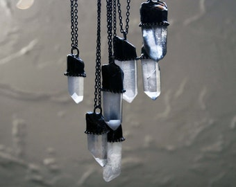 Small Clear Terminated Quartz Crystal Necklace // Petite White Quartz Crystal Point Minimal Layering Necklace