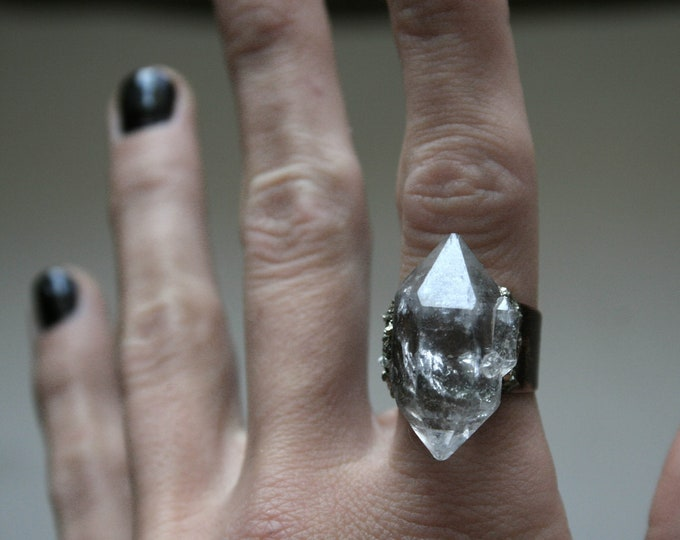 Tibetan Clear Quartz Crystal Ring // Terminated Crystal Adjustable Ring // Crystal Cluster Ring with Pyrite